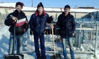Расчистка снега на могилах воинов-афганцев